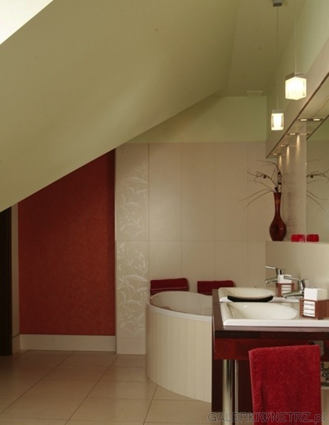 Aranżacja łazienki z wykorzystaniem wanny narożnej. Jest to przykład łazienki na ...